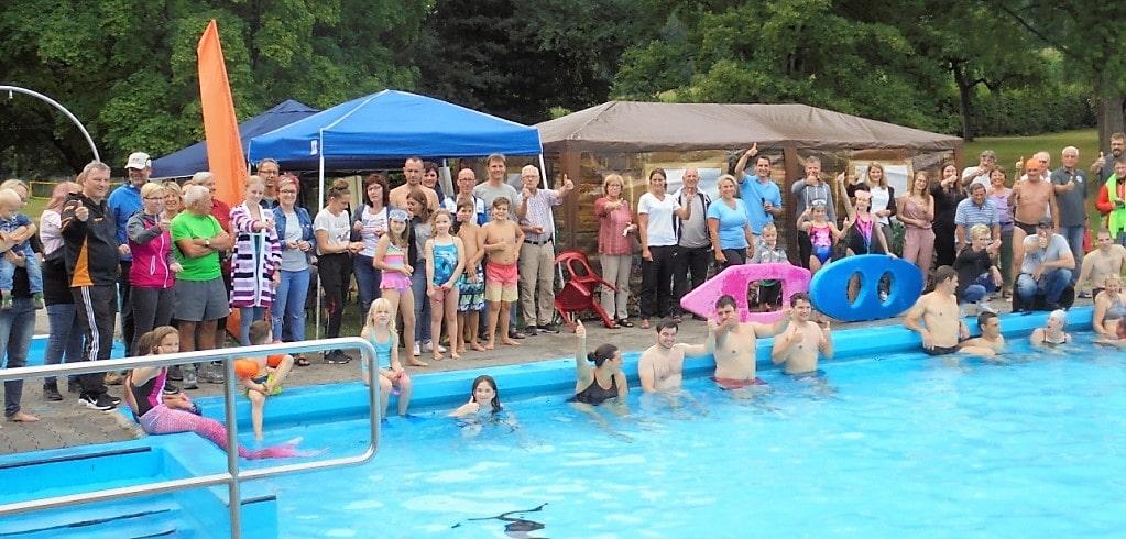 Sponsorenschwimmen